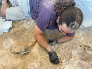 Proceso de preparación para la restauración de Estucos policromaos en la Villa Romana de Salar