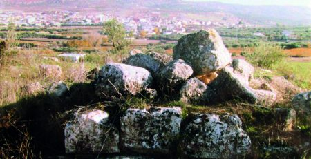Restos pétreos de las ruinas de Gabino