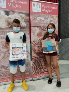Niños en taller de mosaicos VI Campaña Arqueológica de Salar