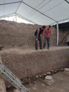 Julio Ramos Noguera y Manuel Moreno Alcaide Técnicos Arqueólogos de Villa Romana de Salar